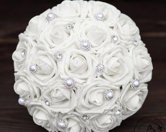 White wedding bouquet, white bridal bouquet, white bouquet, simple bridal bouquet, silk flower wedding bouquet, artificial wedding bouquet