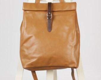 Camel/camel beige leather backpack rolltop rucksack / To order
