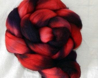 100% Polwarth fiber, Red Hat, 4 ounces, 113 grams