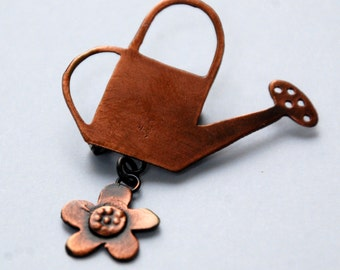 Watering Can brooch in copper finish
