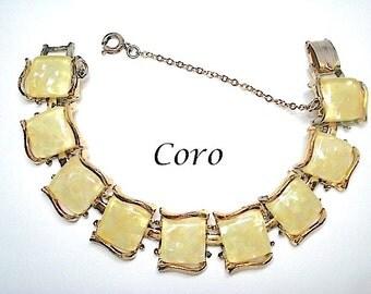 Coro Yellow Lucite Confetti Link Bracelet 1950s - Lucite Bracelet - Confetti Bracelet - 1950s Jewelry - Link Bracelet - Coro Jewelry