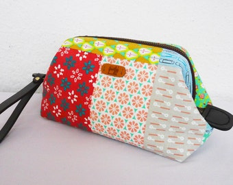 Metal Frame Fabric Clutch /Pouch with Removable Short Handle - Zakka - Colorful