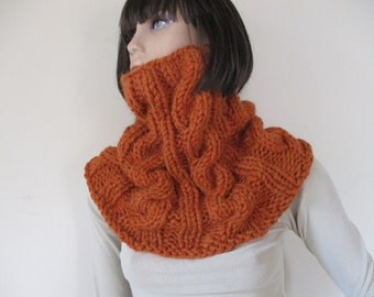 Scarf , unique handmade knitted scarf, wonem scarf, chunky texture, fluffy.