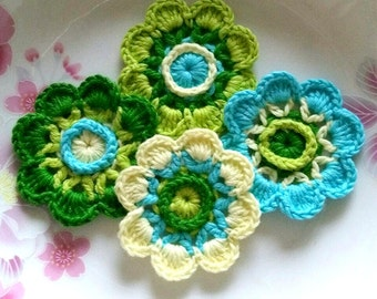 4 Crochet  Flowers In 2 inches  Applies YH - 228-01