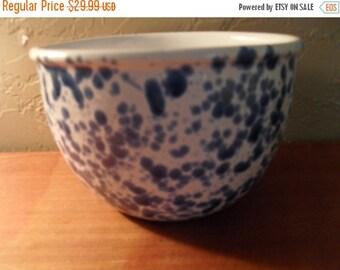 Beautiful 2 Tones Ceramic Dish Bowl