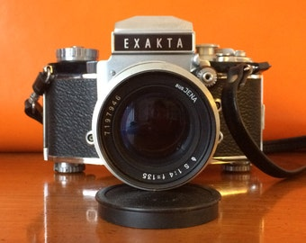 Exakta Varex IIb Vintage Analog Camera includes users manual and two lenses