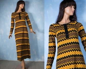 Vintage 70s boho hippie long bodycon dress/  black yellow zigzag print autumn winter knitting  dress by Kaitex Finland/S/M