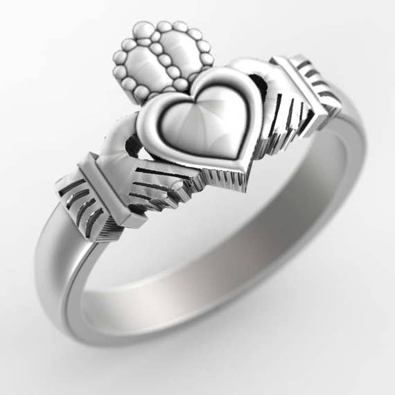Claddagh Ring in Sterling Silver, Irish Claddagh Ring, Womens Claddagh Ring, Celtic Claddagh Jewelry, Made in Your Size CR-1150