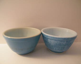 Pyrex Mixing Bowls 2 Vintage Small Blue Nesting bowls in primary color blue, used  shabby chic Kitchen  large cereal bowls