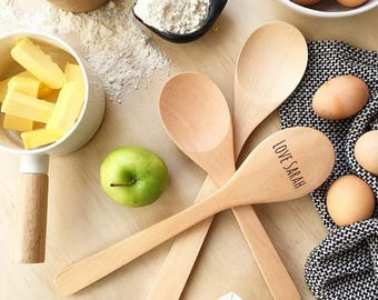 Engraved 3 Piece Wooden Spoon Stirrer Cooking Set Mother's Day