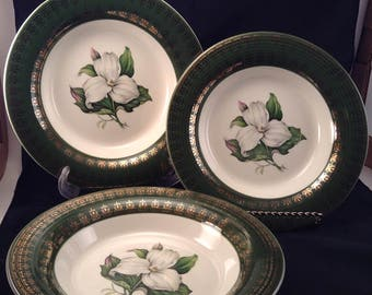 L'Triomphe American Limoges Trillium I-T S530 Forest Green Dessert/Set of Three/Soup Bowls/Dessert Bowls/Warranted 22K Gold/Forest Green/HTF
