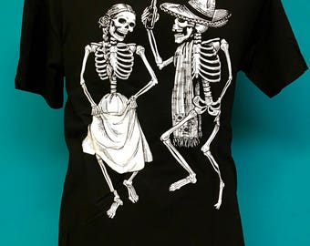 Baile de Los Muertos Men's Tee
