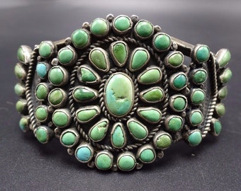 OLD 1940s Vintage NAVAJO Sterling Silver & Green TURQUOISE Cluster Cuff Bracelet