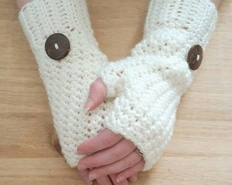 Warm and cosy fingerless gloves