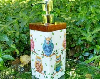 Soap/Lotion Dispenser, Bathroom Decor, Kitchen Decor, Gift Idea, Mother's Day Gift, Christmas Gift,For Her,Decoupage Dispenser,Birthday Gift