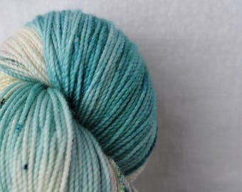 Hand-dyed yarn - sock yarn - superwash - merino - dyed-to-order - speckles - ISLANDE