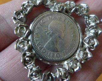 Heart Pendant, English Six Pence, Roses Pendant, Vintage Pendants, Vintage Pendant, Coin Jewelry, Coin Pendant, 1960 Six Pence, Pendants