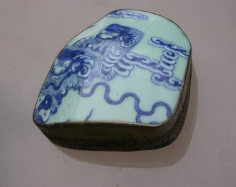 Vintage large jewelry box 19th century porcelain  Antique chinese blue porcelain handpainted dragon lion royal blue ornate bronze box