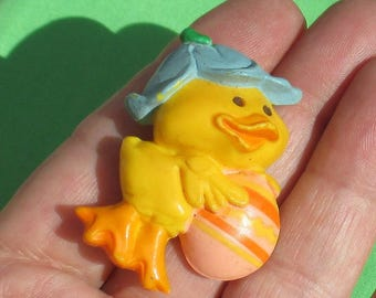 Vintage Easter Hallmark Yellow Chick Egg Plastic Brooch