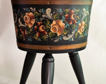 Norwegian Rosemaling ~Valdres Style ~ Wooden Plant Stand