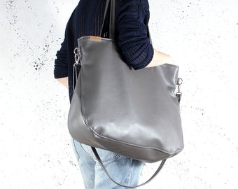 Big Pacco bag grey shoulder ash crossbody tote zipped up pockets oversized city bag everyday handbag vegan faux leather