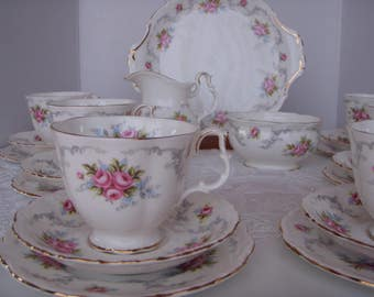 English Royal Albert China Tranquillity Pink Roses Teaset