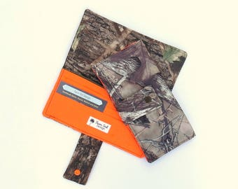 Camo Wallet | Womens Canvas Wallet | Handmade Wallet | Womens Billfold | Checkbook Wallet | Zippered Wallet | Credit Card Wallet | Mossy Oak