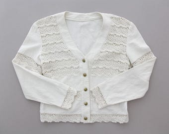Vintage Shirt // White Cotton and Lace Long Sleeve Boho Top