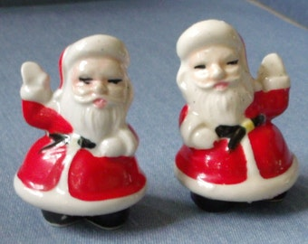 Salt and Pepper Santa Clause Shakers