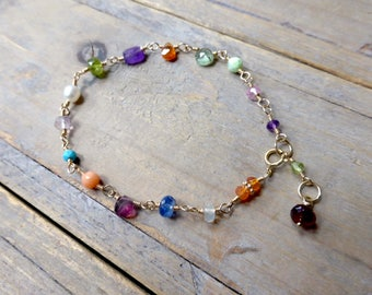 Lux Mix of Gems Chain Bracelet in Gold