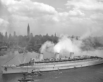 RMS Queen Mary, New York, 1945, WWII, Ship NYC