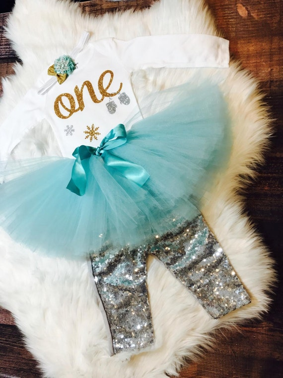 Winter wonderland birthday outfit First Birthday Outfit