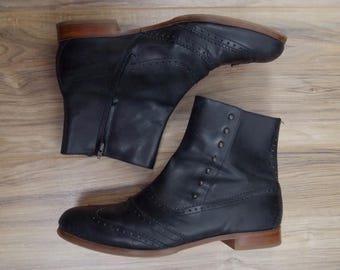 Cole Haan Retro Oxford Booties Black Leather 8 B