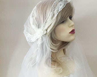 Wedding veil, bridal veil, Juliet cap veil, white veil,  vintage yellow tinge look, 20s style veil, ivory veil,