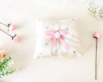 Ring pillow, ring bearer cushion, Ivory ring pillow, page boy pillow, 5x5 inch