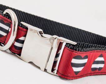 Hearts large dog collar
