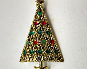 C19: Very Rare Unusual Vintage Hollycraft Christmas Tree Pin with Flat Rhinestones--signed Hollycraft