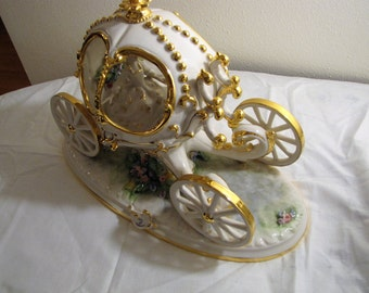 Capodimonte Porcelain Beautiful Carriage or Coach with Princess in Flowing Gown