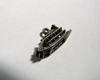 Sterling Silver Paddle Wheel Charm, Moveable.