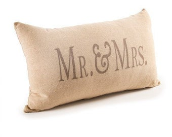 Mr and Mrs Throw Pillow - Bridal Shower Gift - Wedding Gift - Just Married  - Bride - Groom - Bridesmaid - Maid of Honor - Bridal Party