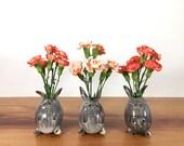 bunny rabbit vase / bud vase / silver grey shino