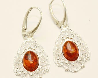 Authentic baltic amber earrings. Sterling silver 925