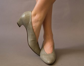 vintage 1980 shoes / 80s gray leather heels / size 9N / D'Rossana Heels