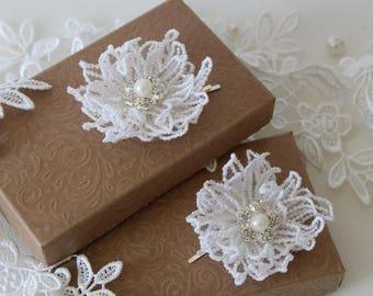 Wedding Hair Pins - Ivory Flower Hair Pieces - Bridal Flower Hairpins - Lace and Pearls Pins - Lace Floral Slides - Ivory Flower Grips