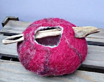 Wet Felted Pot, 11 cm Trinket Pot with a Driftwood Handle, Red Sea Urchin Felt Bowl, Wool Ornament