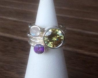 Mothers Rings, Gemstone Stacking Rings, Peridot, Amethyst and Moonstone Gemstone Set of Silver Stacking Rings, Birthstone Rings