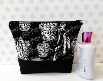 Harry Potter Gryffindor Large Makeup Pouch / Black and White
