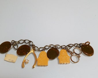 FREE  SHIPPING  Vintage Bakelite Charm Bracelet