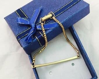 Vintage Signed Avon Box Chain Bar Gold Toned Bracelet