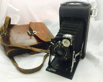 Antique No.1 Pocket Kodak Series II Folding Camera in Leather Case